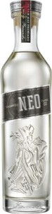 2013-Facundo-Rum-EO-750Bottle-Straight-On-copy1