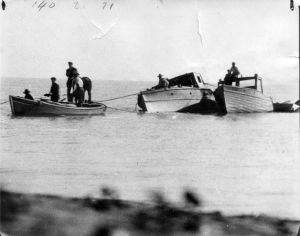 b004acd74b67fa018588d503881382b8-leamington-speed-boats.jpg?w=300&h=236