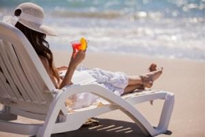 woman-reading-with-cocktail-horiz_sqjmgj.jpg?w=300&h=201